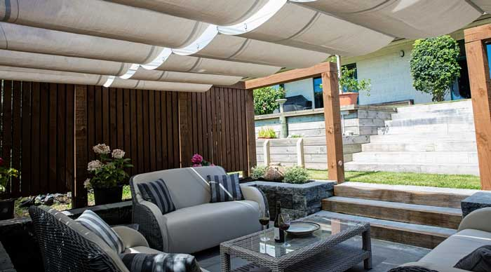 Retractable Wave Shade